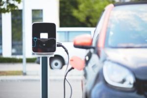 droit-prise-vehicules-electriques